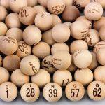 Wooden bingo balls set of 75