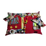 Fiddle Cushion red with dogs